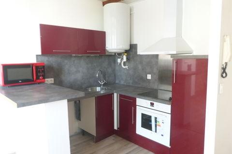 Location Appartement 3 pièces PEZENAS 34120