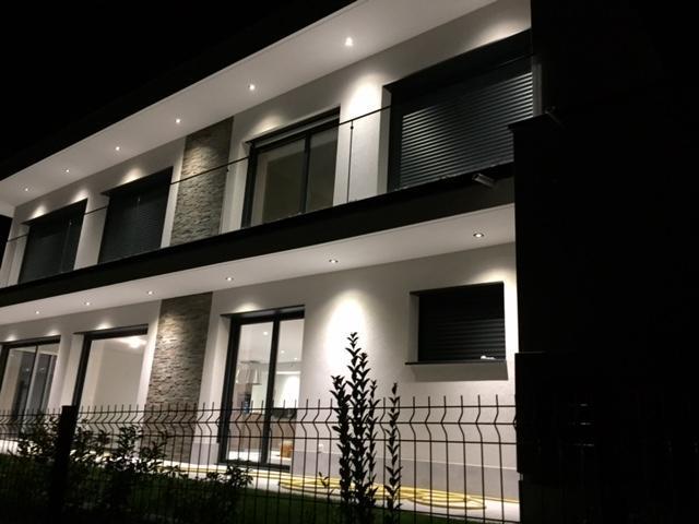 Location maison appartement chenevex 01170 sur le for Site immobilier location