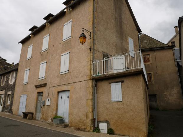Vente Maison 6 pièces PRADES D'AUBRAC 12470