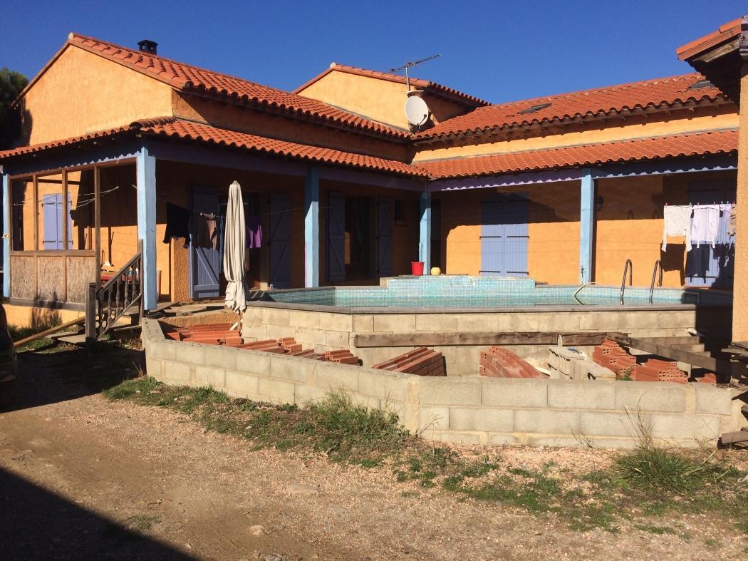 Vente maison saint est ve 66240 sur le partenaire for Garage st esteve