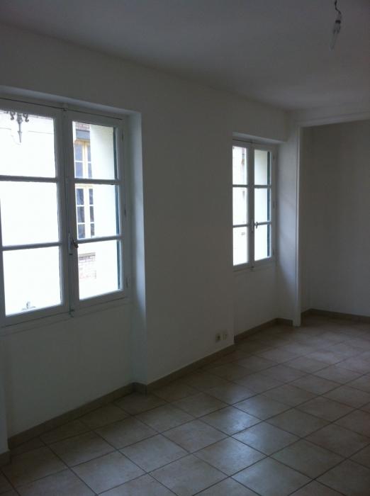 Location Appartement 1 pièces NIMES 30900