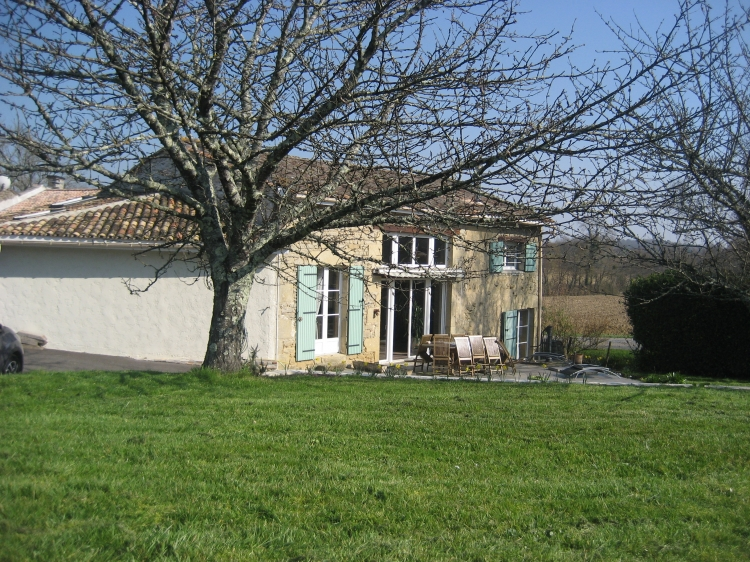 Vente Maison 5 pièces SAUVETERRE DE GUYENNE 33540