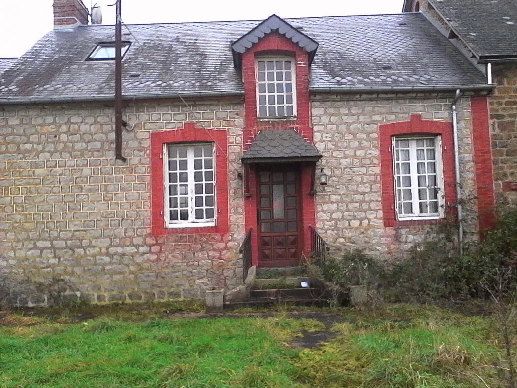 Vente Maison 3 pièces RENNES EN GRENOUILLES 53110